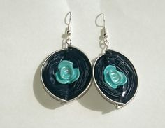 Handmade recycling earrings, made from Nespresso capsules. by AlizCraft on Etsy