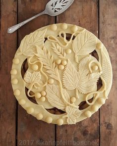 Fancy top crust for any pie Just Desserts, Delicious Desserts, Yummy Food, Pie Dessert, Dessert Recipes, Cake Recipes, Baking Recipes, Beautiful Pie Crusts, Cookies Receta