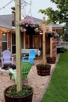 40 Finest Diy Backyard Ideas on a Budget Page 7 of 42 2019 40 Finest Diy Back … - Diy Garden Projects Backyard Patio Designs, Small Backyard Landscaping, Diy Patio, Sloped Backyard, Backyard Seating, Simple Backyard Ideas, Mulch Landscaping, Lights For Backyard, Corner Landscaping Ideas