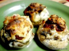 Pizza Stuffed Mushrooms – Low Carb | The Baby Granny Chronicles