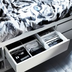 A cool and storage-friendly teenage room - IKEA Bed Frame With Storage, Wall Storage, Bed Pocket, Corner Workstation, Living Room Nook, Bathroom Vanity Decor, Small Room Design, Teenage Room, Bed Base