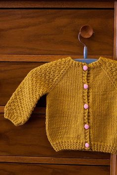 Links to free patterns for baby cardigans using fingering, sport, dk or worst...