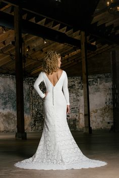 Want to really stand out for your big day? Browse our unique wedding dresses. http://carriesbridalcollection.com/wedding-dress-atlanta-styles/ #UniqueWeddingDresses #One-of-a-kindWeddingDresses #Carrie'sBridalCollection #StandOutWeddingDresses