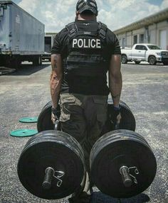 Pass the Police Academy Test Fitness Gym, Mens Fitness, Fitness Goals, Fitness Tips, Bodybuilder, 5.11 Tactical Series, Police Officer Requirements, Law Enforcement Jobs, Police Life