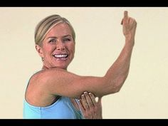 Tired of those bingo wings Heres Chris Freytag of Prevention magazine with how to tone your arms Arm Toning Exercises, Cellulite Exercises, Yoga, Bingo Wings, Total Body Toning, Gym Bra, Flabby Arms, Toned Arms, Easy Weight Loss