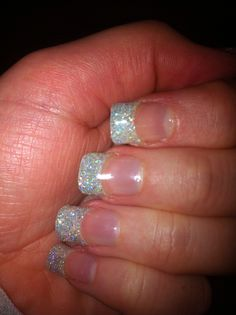 Glitter party gel nails