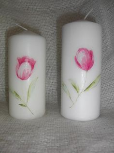 Candles with delicate tulips.