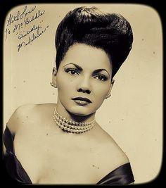 madeline 'sahji' jackson a stunning 1940's exotic 'shake' dancer weeeerkin' some great hair.