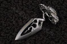 Female Japanese Push Dagger