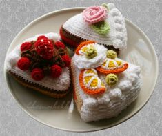 DIY Crochet Piece of Cake - FREE Pattern Chart
