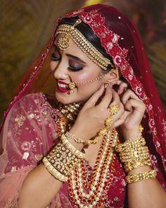 Shivangi Joshi Beautiful HD Photoshoot Stills & Mobile Wallpapers HD Indian Bride Photography Poses, Indian Bride Poses, Indian Wedding Poses, Indian Bridal Photos, Wedding Couple Poses Photography, Indian Bridal Makeup, Indian Bridal Outfits, Indian Bridal Fashion, Bridal Photography