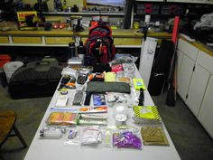 diy vehicle emergency kit. Like the fact that it is in a back pack (you never know - you may not be able to stay with your car.)