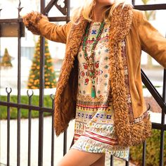 A touch of vintage with mini dress boho style