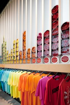Love the rolled up t-shirt display.