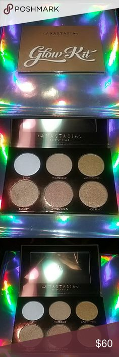 Anastasia Beverly Hills Ultimate Glow Kit ABH Ultimate Glow Kit. Swatched 2x's. Once on Snow and once on SunRay. Other than that it's perfect. No Box but purchased from ABH website. Just haven't reached for it ALOT. I would love to Trade for ABH Gleam, Sugar or Moon Child Palette. Any questions please ask. ALL MY MAKEUP IS SANITIZED EVEN WHEN SWATCHED AND 100 % AUTHENTIC. Plastic cover protector inside! Anastasia Beverly Hills Makeup Luminizer