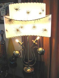 VINTAGE MAJESTIC RETRO ATOMIC MID CENTURY MODERN TABLE LAMP FIBERGLASS SHADE   eBay