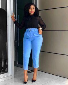Top Fashion Blogs, Fashion News, Fashion Online, Girl Fashion, Fashion Looks, Fashion Bloggers, Fashion Styles, Fashion Beauty, Blue Pants Outfit