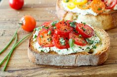 Do you love ricotta cheese? Try these 20 recipes with the white, creamy cheese at home for lunch or dinner. From bruschetta to pizza to pasta, ricotta is the perfect accent. For more recipes and entertaining ideas, go to Domino. Bruschetta Tomate, Comidas Light, Healthy Snacks, Healthy Recipes, Quick And Easy Appetizers, Light Recipes, Pesto, Appetizer Recipes, Cooking Recipes