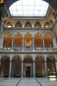 Le musée des arts appliqués, le MAK, à Vienne. ©JoliVoyage / @MAKVienna @MAKWien @mak_vienna #vienne #Wien #Vienna #tourisme #voyage @_Autriche_ @ViennaInfoB2B Art Nouveau, Arts, Vienna, Pretty, Tourism, Pavilion