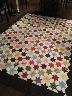 https://flic.kr/p/MmkhPC | My finished hexagon star quilt