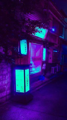 trendy ideas for neon lighting aesthetic japan Neon Light Art, Blue Neon Lights, Neon Purple, Purple Walls, Neon Colors, Violet Aesthetic, Dark Purple Aesthetic, Aesthetic Japan, Aesthetic Colors
