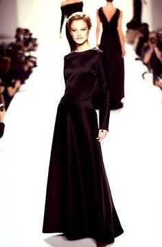 Carolyn Murphy Bill Blass - Ready-to-Wear - Runway Collection - WomenFall / Winter 1996