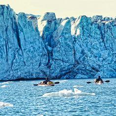 Ice Ice Baby! Unser Fotograf Knut Pflaumer war auf Kajaktour im Eismeer.