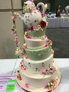 Tea pot layer cake, isn't this beautiful!                              …