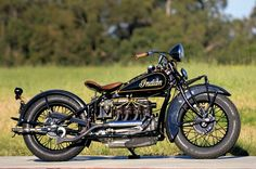 vintage motorcycles 1933 Indian Four - Classic American Motorcycles - Motorcycle Classics Motos Vintage, Vintage Indian Motorcycles, Antique Motorcycles, American Motorcycles, Vintage Bikes, Vintage Cars, Custom Motorcycles, Custom Bikes, Bobbers