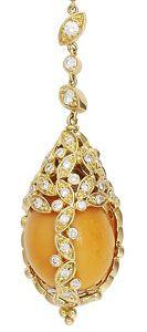 Melo pearl earring