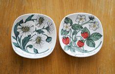 Kirppisrakkautta Decorative Plates, Tableware, Kitchen, Home Decor, Dinnerware, Cooking, Decoration Home, Room Decor, Tablewares