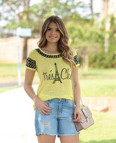 """""""{Bonjour} T-shirt Trés Chic⭐️ #LuziaFazzolli #CotedAzur #Summer16 #lançamento"""""""