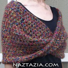 Free Crochet mobius twist shawl Pattern.
