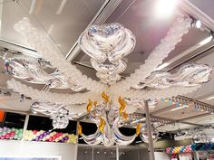Chandelier by Christopher Horne Balloon Ceiling Decorations, Balloon Chandelier, Hanging Balloons, Foil Balloons, Love Balloon, Balloon Wall, Balloon Ideas, Wedding Balloons, Marcos Para Fiestas