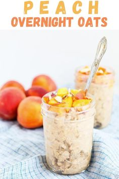 These Peach Overnight Oats make the best healthy summer breakfast! They are vegan and gluten-free and take less than 5 minutes to prepare. Great for meal prep! Easy healthy breakfast idea!