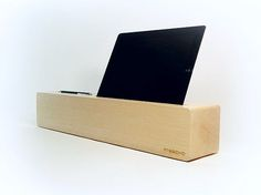 FRESCKO - wood accessories, wood tablet stand, wood smartphone stand
