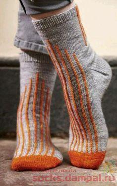 Knitted Socks Free Pattern, Crochet Socks, Knitting Socks, Crochet Baby, Knitting Patterns, Knit Crochet, Wool Socks, Colorful Socks, Slipper Socks
