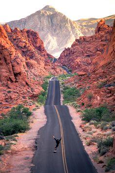 Best Las Vegas Skateparks Amazing Destinations, Travel Destinations, Travel Tips, Valley Of Fire, Las Vegas Trip, Parthenon, Night City, Skate Park, Nature Reserve
