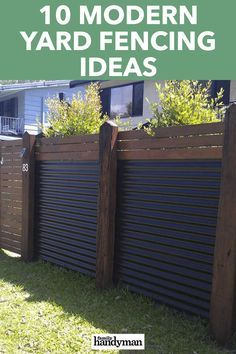 Cheap Privacy Fence, Privacy Fence Designs, Yard Privacy, Front Yard Fence Ideas, Cheap Fence Ideas, Diy Backyard Fence, Fence Landscaping, Backyard Ideas, Corrugated Metal Fence