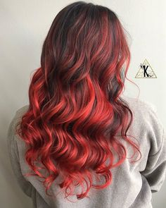 Stunning dark red curls by at Dark Maroon Hair, Black And Burgundy Hair, Dark Red Hair, Red Hair Color, Mixed Hair Care, Red Curls, Natural Hair Styles, Long Hair Styles, Glam Hair