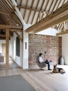 Park Corner barn, Oxfordshire | McLaren Excell London based architects McLaren Excell transformed an old barn into an impressive, exemplary minimalist space of great simplicity.
