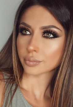 Nude Lips + Contouring + Highlight + Lashes + Soft Smokey                                                                             Source