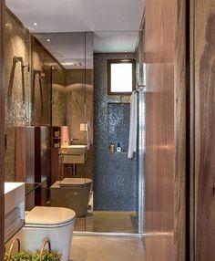 Box para banheiro com porta espelhada