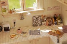 http://www5.ocn.ne.jp/~lovenana/gallery-relaxing_morning_in_kitchen.html