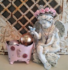 Ms Bingles Vintage Christmas: Whats new in the PINK CHARLIE store? Rhinestone hearts and wings