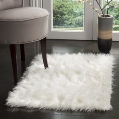 Shop for Safavieh Handmade Faux Sheepskin Ivory Japanese Acrylic Rug (2' x 3'). Free Shipping on orders over $45 at Overstock.com - Your Online Home Decor Outlet Store! Get 5% in rewards with Club O! - 17108257
