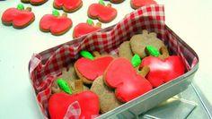 cookies em formato de maçã