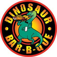 Yo iré a Dinosaur BBQ en Syracuse. La restaurante tiene la mejor BBQ.