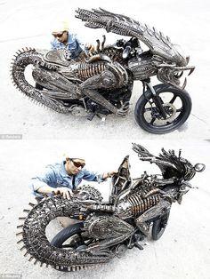 Alien UFO Sightings: Homemade 'Alien' Scrap Metal Motorcycle