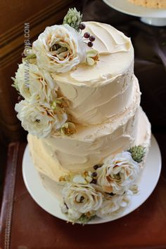 I love the vintage looking texture to this cake. It reminds me of homemade cakes growing up.